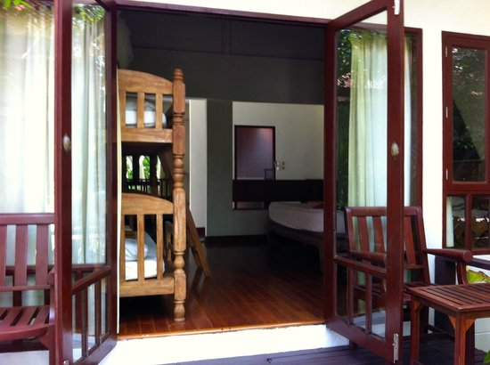 Royal Lanta Resort and Spa : Patio view