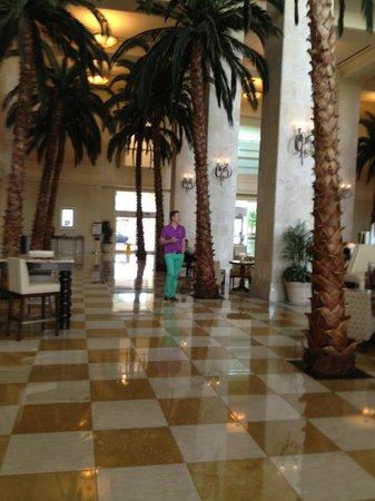 Tampa Marriott Waterside Hotel & Marina: Lobby