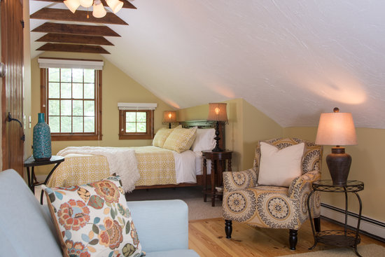 The Parsonage Inn: The Barn, relaxing retreat, with a king sized bed