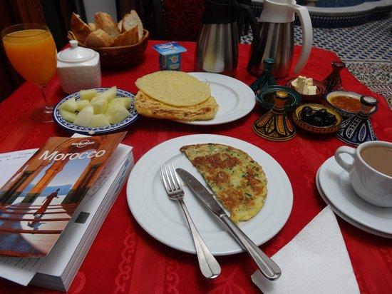 Dar Fes Medina : breakfast of champions
