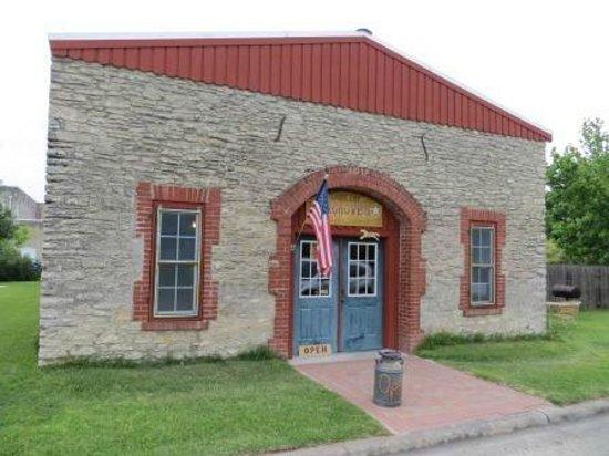 Flatonia, เท็กซัส: Hairgrove Saddlery and Gifts