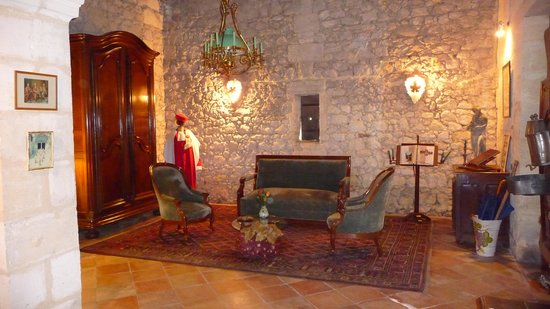 Chateau Mauvezin : One of the anciant chambers within the Chateau