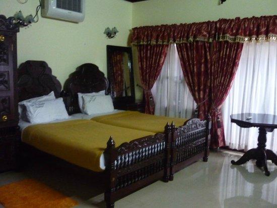 Palm Tree Heritage: Room