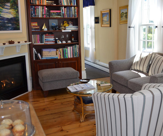 Admiral's Landing : Our New Common Room