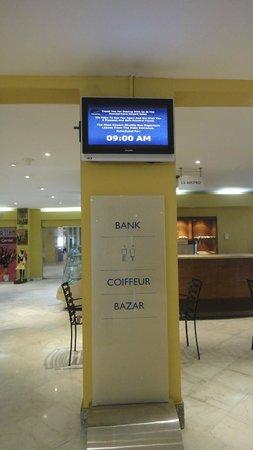 Novotel Cairo Airport: Lobby