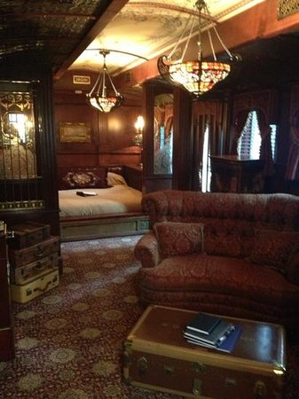 Rivertown Inn: train car