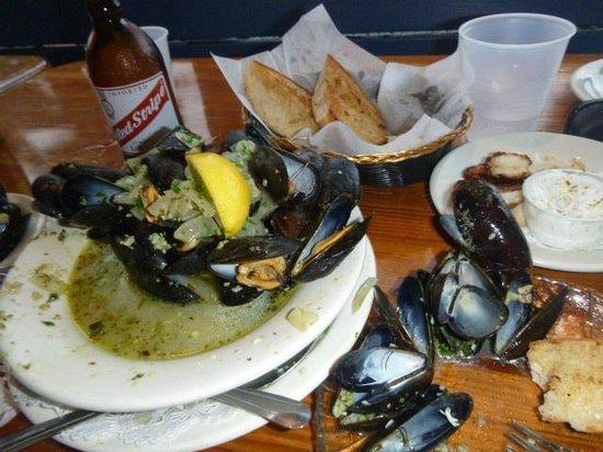 Shipwreck Landing: mussels