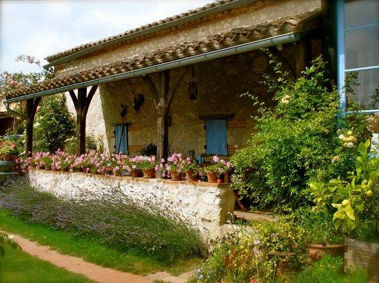 Castelsagrat, France: getlstd_property_photo