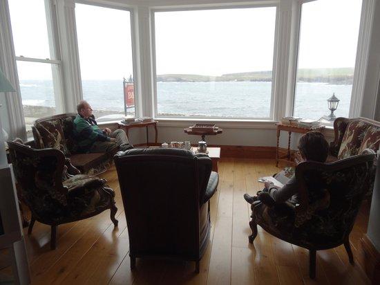 Waters Edge B & B: 1st floor sitting room window - dining/breakfast room has similar view