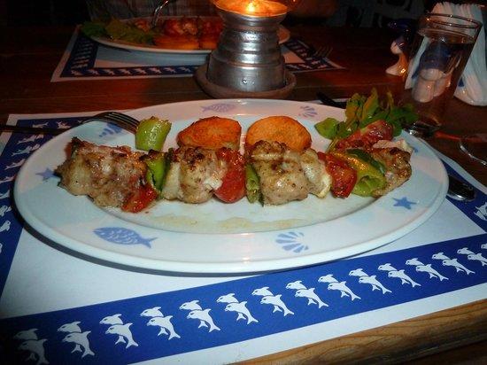 Beyaz Yunus : Amazing fish kebabs