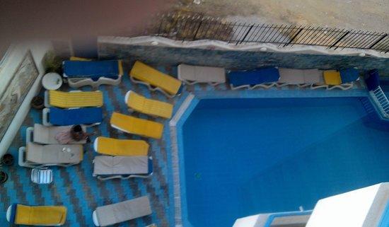 Kaiser Hotel: pool