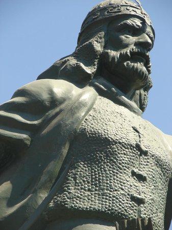 Saladin (Selahedîn) Statue: Selahaddin-iEyyubi Bedirhani