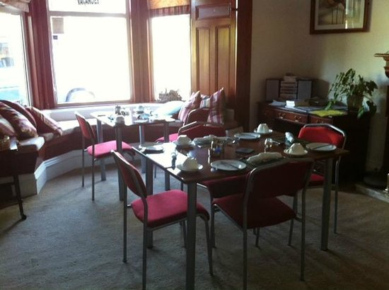 Ravenswood Guest House: Dining room