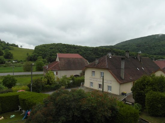 Logis Le Relais De La Vallee: Vue depuis le balcon