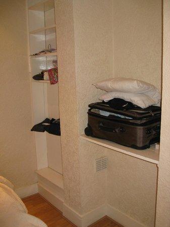 smaller bedroom of 'family room' at La Gaffe