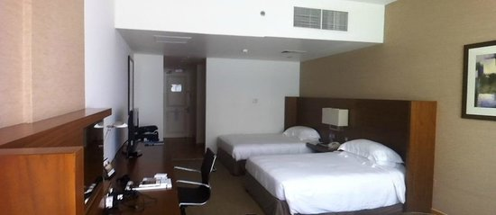 Jumeira Rotana: Room