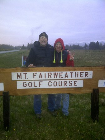 Mt. Fairweather Golf Course: Fun 9 Hole Course!