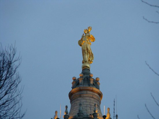 The Municipal Building: Second Largest Statue in NYC atop The Muni Building