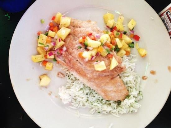 The Whip Waterfront Pub N Grub: 5 spice snapper with pineapple salsa and cilantro rice