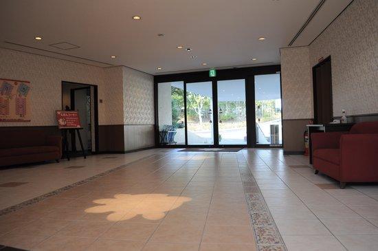 Suzuka Circuit Hotel: ファミリールーム棟玄関