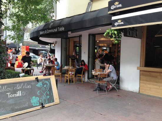 Las Alcobas Mexico DF : Nearby cafes