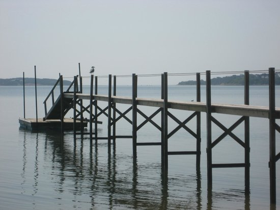 A Little Inn on Pleasant Bay: The Little Inn's jetty on Pleasant Bay