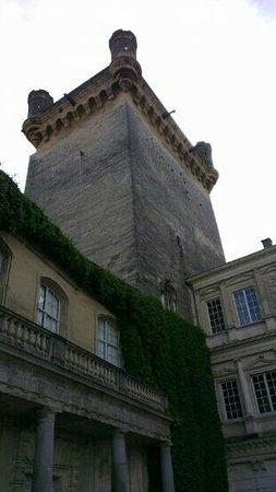 Le Duché : la tour carr?e