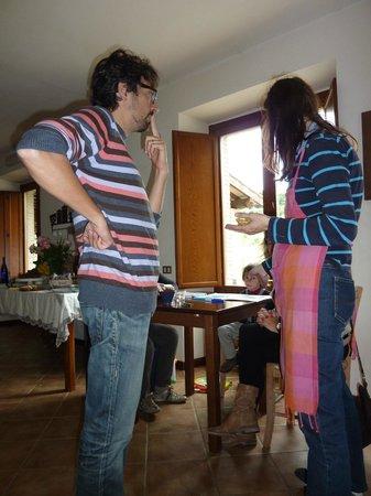 Agriturismo Cioccoleta: Allesandro and Angela in Dining Room