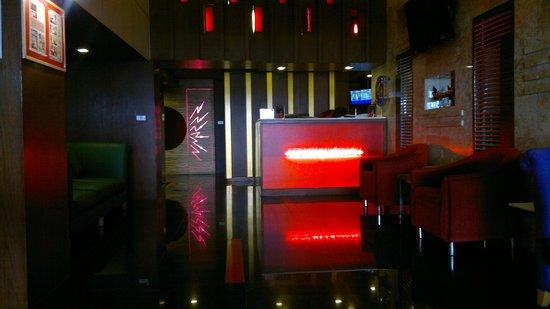 โรงแรมเฮฟเว่น แอท โฟร์: Lobby
