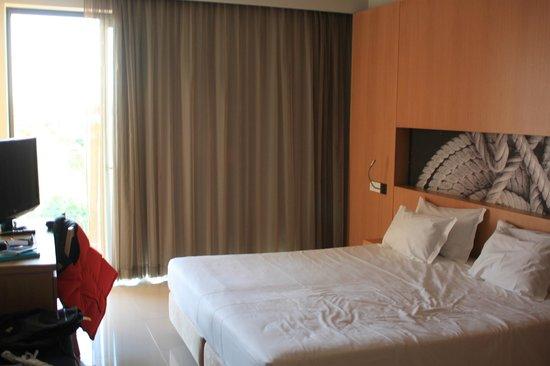 Agua Hotels Riverside: bed room