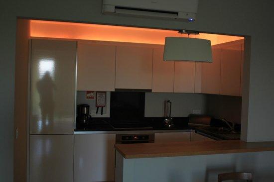 Agua Hotels Riverside: kitchen area