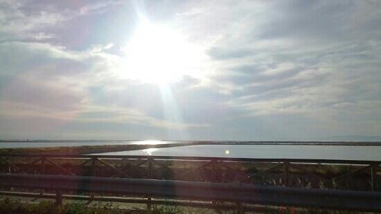 Margherita di Savoia, Italy: tramonto sui bacini del sale