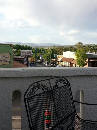 Cottonwood Hotel: View from the balcony