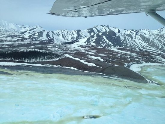 Arctic Backcountry Private Flying Service: Breakup starts in late May here