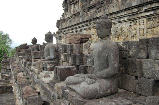 Candi Borobudur: esculturas en el templo