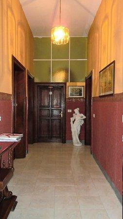Hotel Europa: corridoio