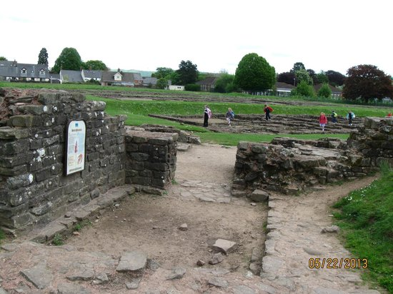 Caerleon, UK: Barracks ruins