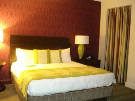 Hotel Adagio, Autograph Collection: Penthouse Bedroom3