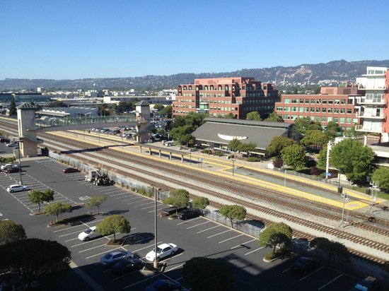 san francisco bay area - How To Get From Emeryville Amtrak To San Francisco