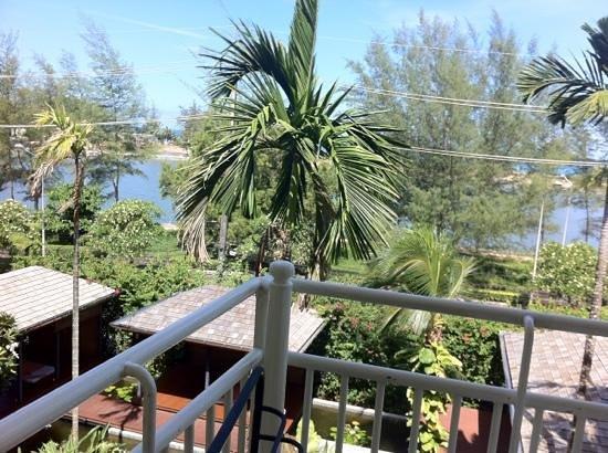 โรงแรมฟร้อนท์ วิลเลจ: View from balcony