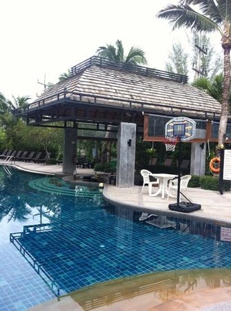 The Front Village Hotel: Clean pool