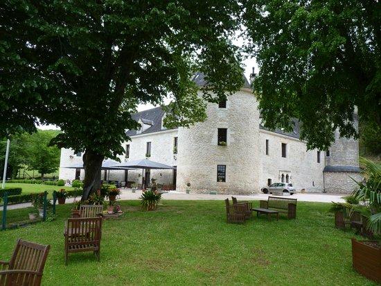 Chateau de la Fleunie: parc du chateau
