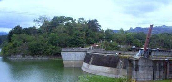 El café de chumi: Vista a  la represa desde Cachi