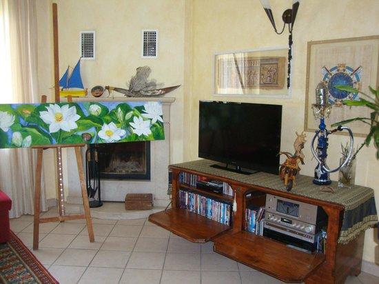 Il soggiorno - Picture of Bed & Breakfast Santa Lucia ...