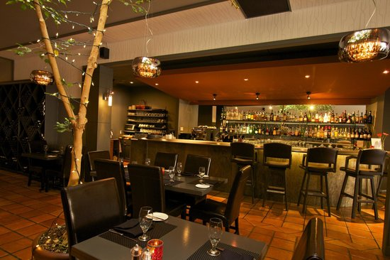 North 54: Restaurant and Bar