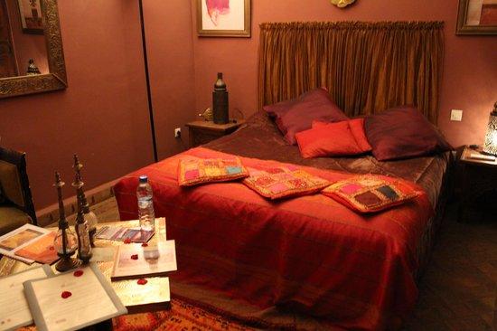 Riad Zayane: Warda Room