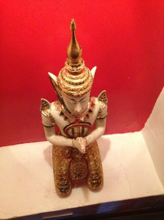 Kin Khao Thai Restaurant: Buddha