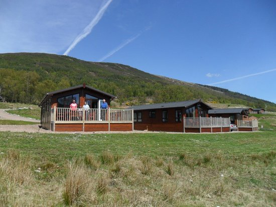 Lochaber Lodges: the view from the caledoinan canal