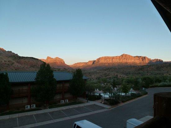Majestic View Lodge: Aussicht vom Balkon/obere Etage