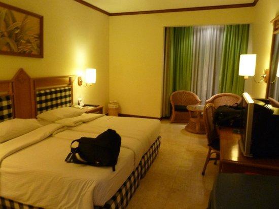 Prime Plaza Hotel Sanur - Bali: la chambre